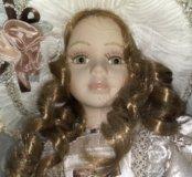 Кукла фарфор