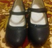 Туфли  на девочку новые!!!