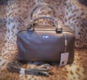Новая сумка Vitacci