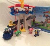 Щенячий патруль, база - офис спасателей.