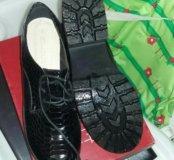 Ботинки 39 разм