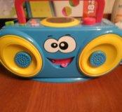 Музыкальный магнитофон