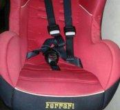Автокресло для детей Ferrari