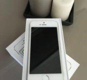 Новый iPhone 5S 16 gb серебро