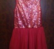 Платье новое с паетками