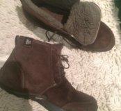 Продаю зимние ботинки Merrel