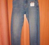 Новые джинсы Volcom