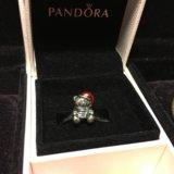 Продам шарм Pandora Рождественский мишка