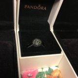 Продам шарм Pandora Рой бабочек