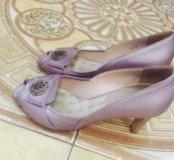 Продаю туфли Fabi
