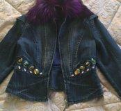 Шикарный джинсовый пиджак с юбкой от брэнда Gizia