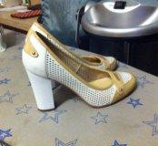 Туфли почти новые размер 36.5-37.