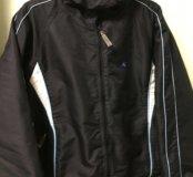 Продаю куртку женскую