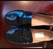 Лаковые туфли для девочки