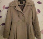 Серое пальто S