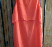 Фирменное яркое платье