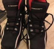 Ботинки лыжные на мальчика 21 см, 34 р