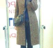 Пальто коричневое(стройнит вытягивает силуэт)