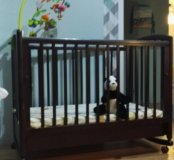 Кроватка детская + мобиль