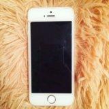 iPhone 5s на 16 gb белый