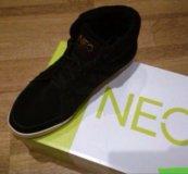 Кроссовки adidas Neo зимние
