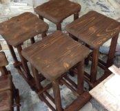 Состареные барные стулья