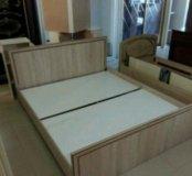 Кровать в багете