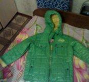 Децкая куртка весенняя на 5-6 лет