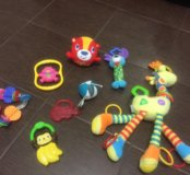 Игрушки пакетом для самых маленьких
