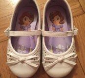 Туфельки белые для принцессы 20 р
