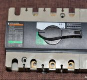 Выключатель-разъединитель interpact INS100 3П