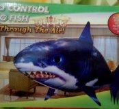 Летающая акула на д/у