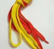 Шнурок красный и желтый