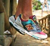 Яркие кроссовки New Balance 577