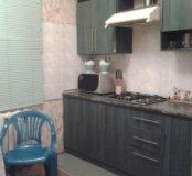 Кухонный гарнитур с встроенной газовой плитой и пр