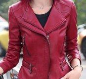 Женская куртка  кожаная новая на весну