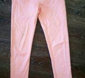 Нежно-персиковые штаны