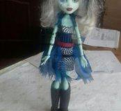Кукла монстр хай и браслет