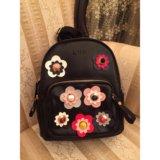 Рюкзак с цветами вышивка