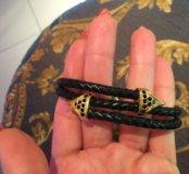 Мужской кожаный браслет с позолотой