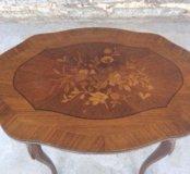 Старинный ореховый консольный столик с инкруст