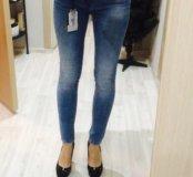 НОВЫЕ джинсы Мохито 36 размер