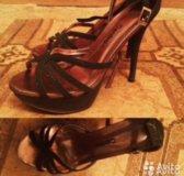 Туфли блестящие