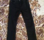 Чёрные джинсы HM 4-5 лет