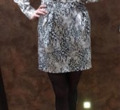 Платье с юбкой колокольчик