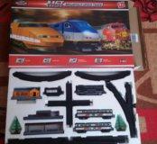 НОВЫЙ игрушечный поезд