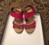 Летние сандали Zara