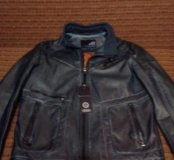 Продам шикарную куртку ЭКО кожа красивый крой