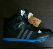 Зимние спортивные ботинки