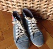 Кроссовки размер 40